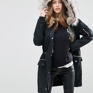 🏆HOST PIC🏆NWOT Gorgeous Faux Fur Hooded Jacket