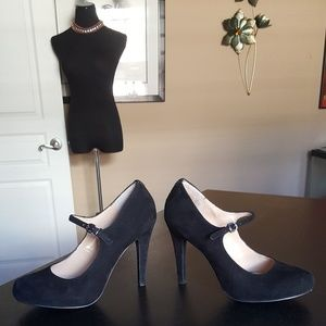 Guess Black Suede Mary Jane Pumps Size 8.5