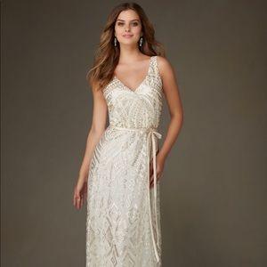 Dresses & Skirts - Bridesmaid dress never worn !