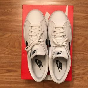 Nike Match Supreme Leather