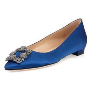 Hangisi crystal buckle satin flat
