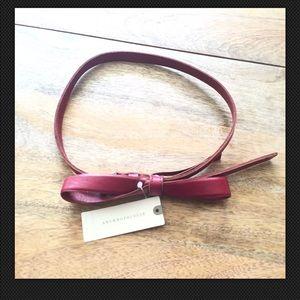 ANTHROPOLOGIE Slouchy Genuine Leather Bow