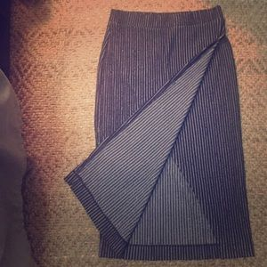 Urban Outfitters Midi causal pencil skirt