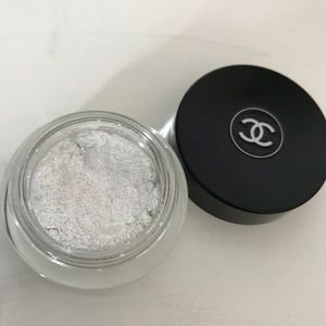 Chanel illusion D'ombre eyeshadow creme pigment