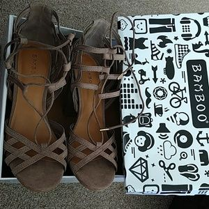 Bamboo Taupe Heels