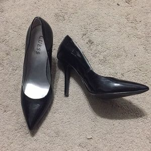 Guess Pointy Toe Black Patent Pumps