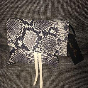 Handbags - Charmer