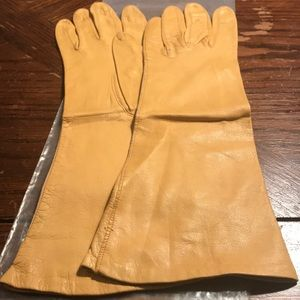 American Glace vintage tan dress gloves
