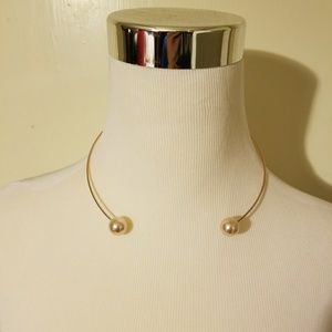 Ann Taylor loft pearl necklace