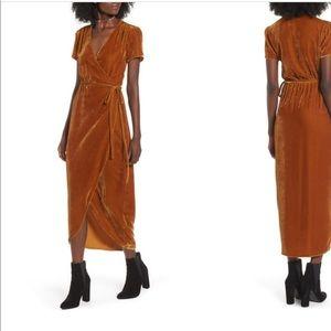 New Wayf Velvet Dress
