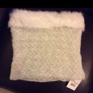 Wool Cowl neck scarf with Faux Fur