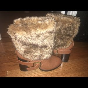 ShoeDazzle Booties Fur Trim Block Heel