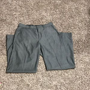 Nice men's dress pants by Calvin Klein 33/32
