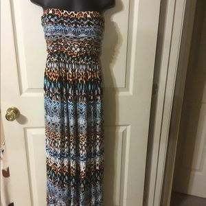 Multi color maxi dress with pockets