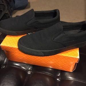 slip resistant shoes for women vans