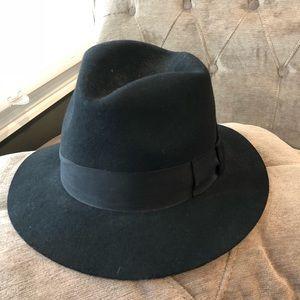 Black Wool Ribbon Hat