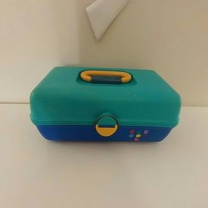 Vintage 80s Caboodles makeup carrying case