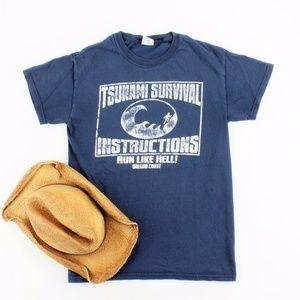 Oregon Coat TSUNAMI SURVIVAL T-shirt