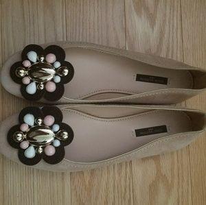 Louis Vuitton Flat Shoes 38