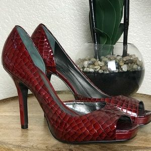 🆕Jessica Simpson Red Python Heels
