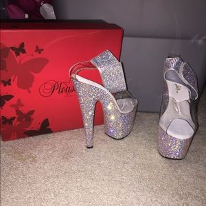 NEVER WORN Sparkly Bling Heels