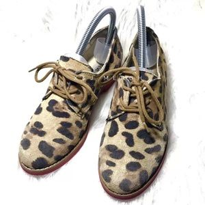 STEVE MADDEN leather leopard print flats oxfords