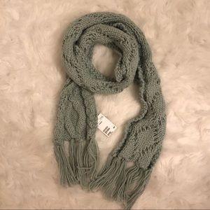 NWT! H&M Knit Scarf