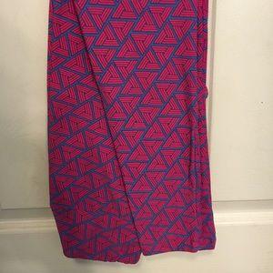 One size pink and blue Lularoe leggings