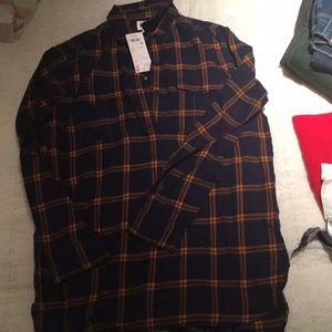 Plaid navy blue print shirt