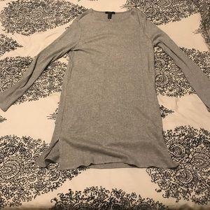 Silky t-shirt dress.