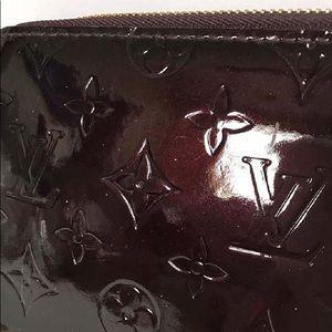Louis Vuitton Patent Leather Zippy Wallet