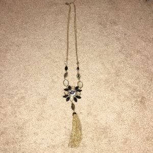 WHBM LONG NECKLACE 📿