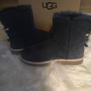Navy blue uggs with rope tie