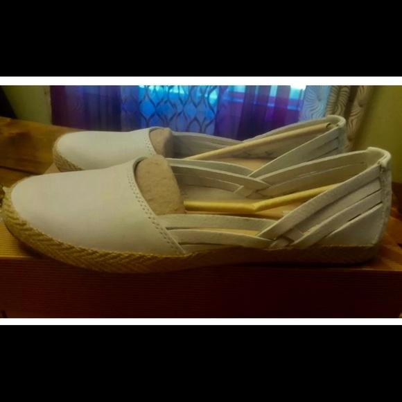 fc550738188 Women's UGGs Cicily Slip-On Flat Espadrilles 8.5 NWT