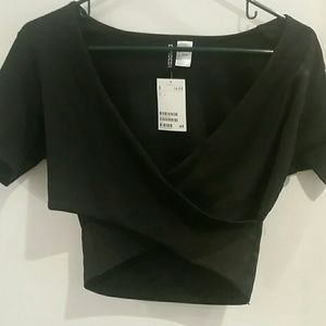 H&M Divided Cut Out Crop Top