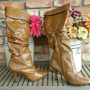 Soft velour lined boots