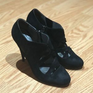 Women's Miu Miu heels size 39 1/2