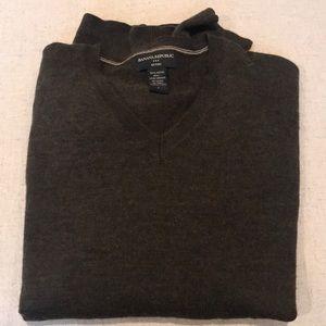 Men's VNeck wool sweater BR