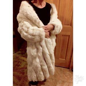 Vintage Silver Fox Fur Coat!