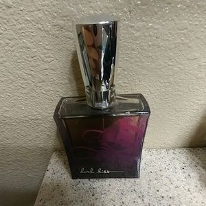 Dark Kiss bath and body perfum.