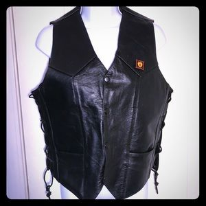 💕Genuine Black Leather Lace Up Vest Size Small 💕