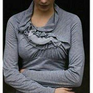 ANTHROPOLOGIE RIC RAC gray ruffled 3/4 sl blouse