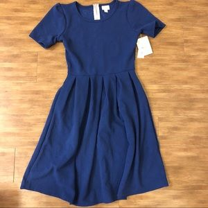 NWT SOLID Navy Blue Amelia With Floral Texture