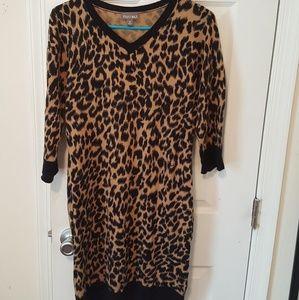 Leopard sweater-dress