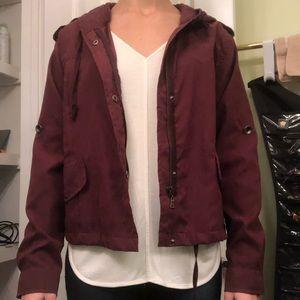 NEVER WORN Brandy Melville cropped jacket