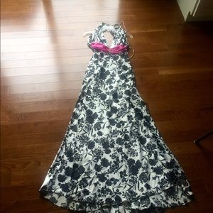Size 4 black,white and pink dress