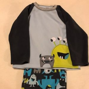 NEW LISTING!!! Boy's Fleece 2 pc Monster Pajamas