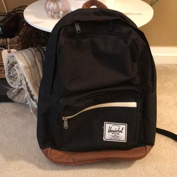 56c0a90373 Herschel pop quiz Black and Tan backpack book bag
