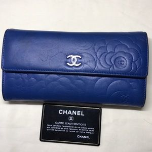 Authentic 100% Chanel Blue Lambskin Camellia