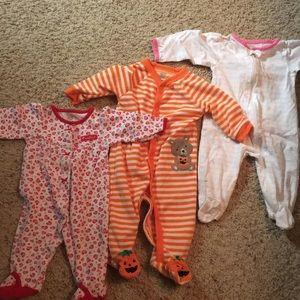 Baby girl 6 month zippered onesie bundle Carter's